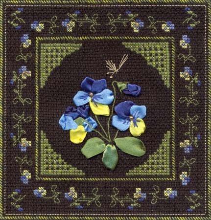 Фиалка трехцветная вышивка