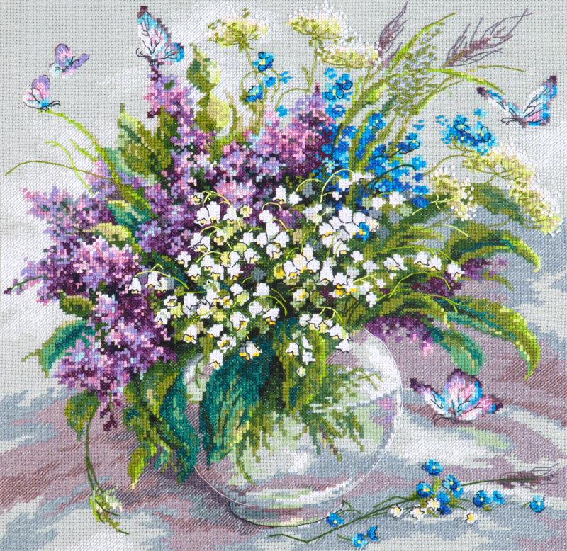 Вышивка с фиолетовыми цветами 979